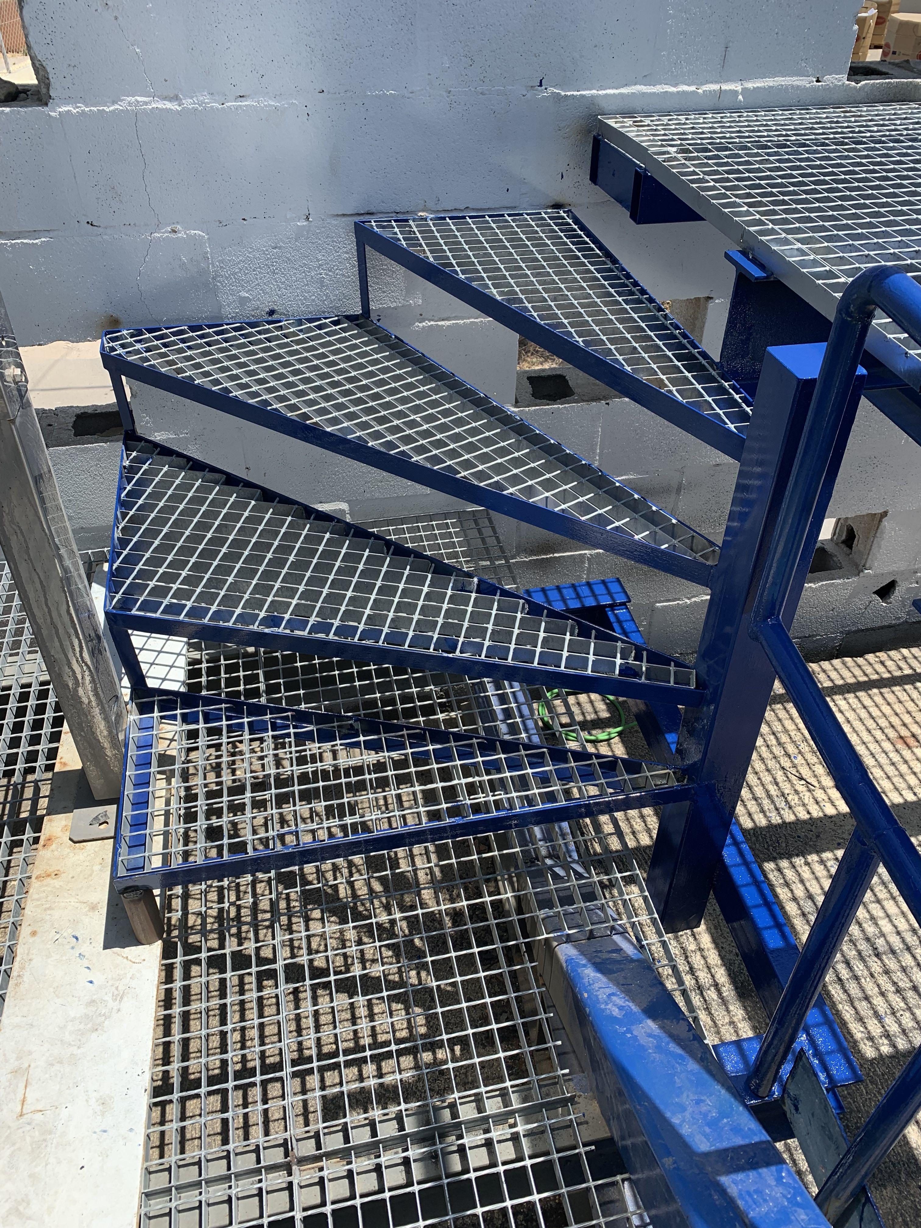 Foto 88 de Carpintería metálica y especialistas en acero inoxidable en  | Cerrajería Inox Las Salinas