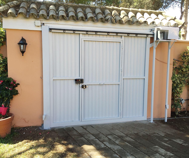 Puertas metálicas en Cádiz