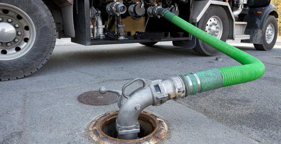 Reparto de combustible en Badajoz