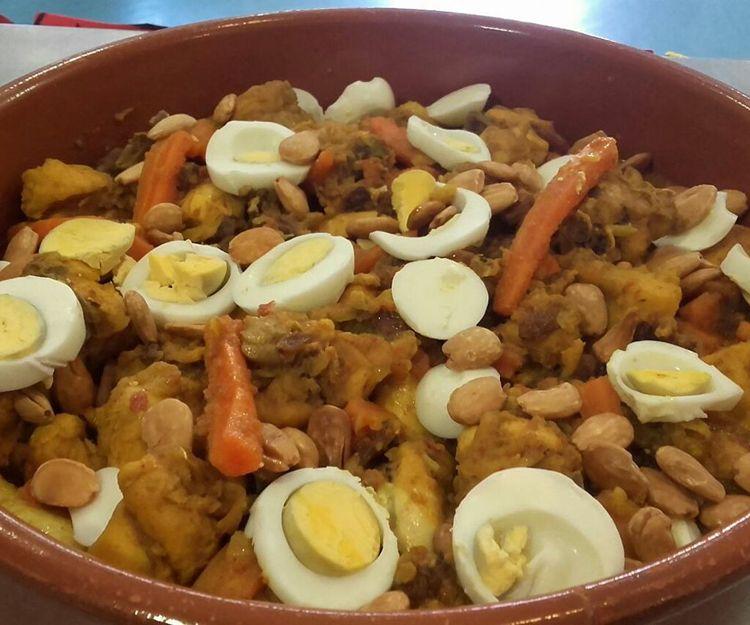 Albóndigas con salsa de almendras para llevar en Málaga