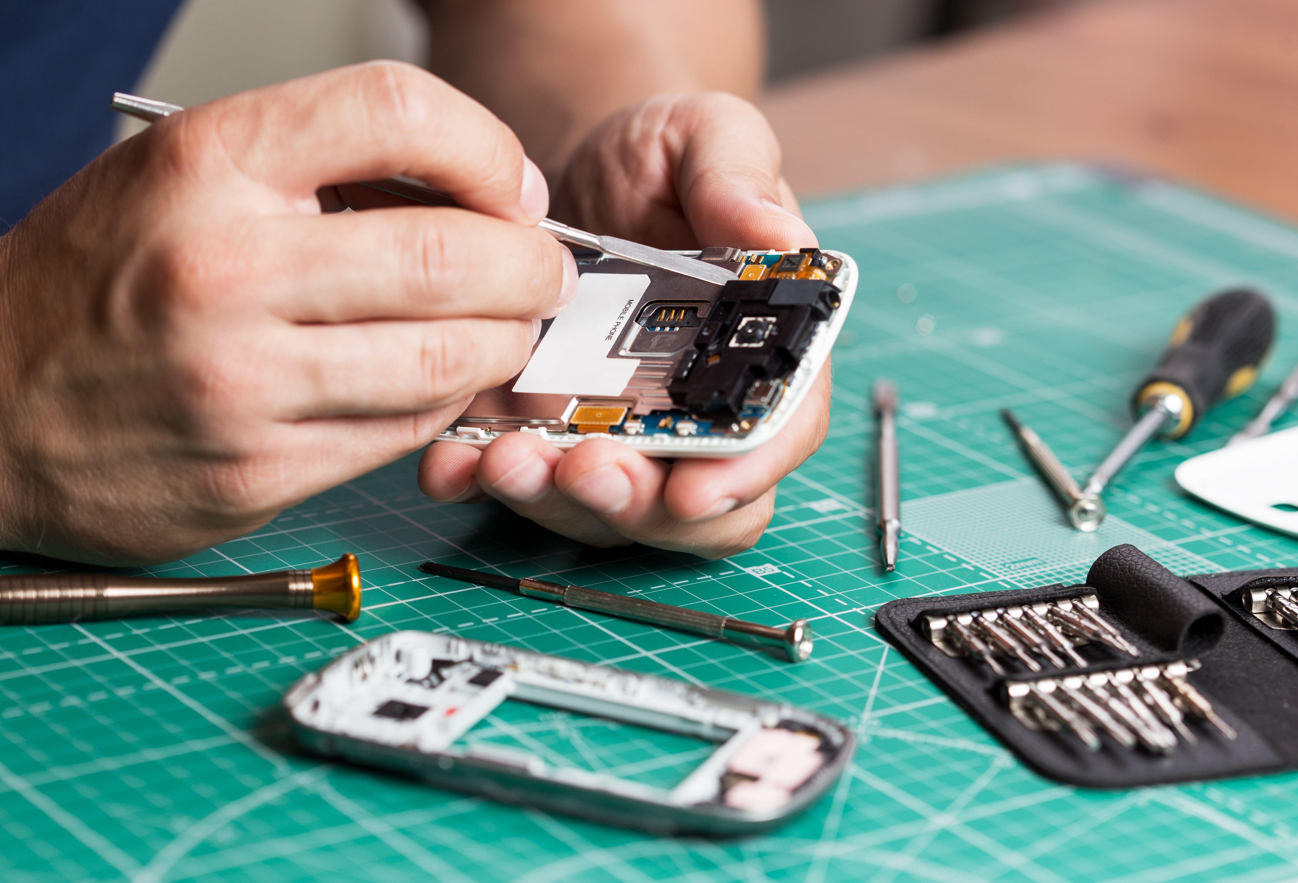 Reparaciones: Servicios de Tres Móvil Informática