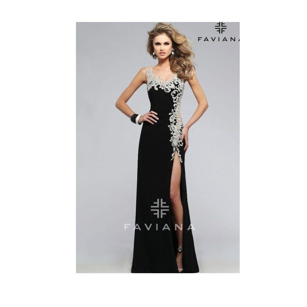 Faviana: Vestidos y complementos   de Caprichos