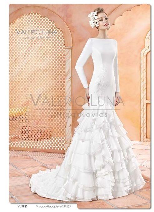 Foto 21 de Vestidos de novia y madrina en Tomelloso, Ciudad Real en Tomelloso | Caprichos