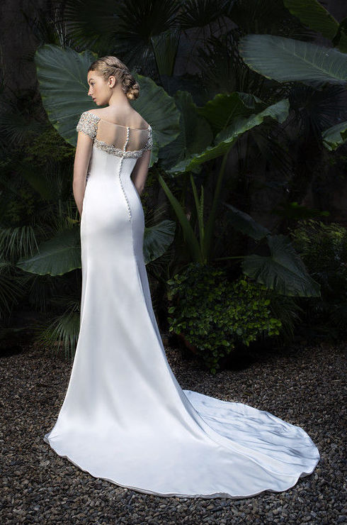 Foto 40 de Vestidos de novia y madrina en Tomelloso, Ciudad Real en Tomelloso | Caprichos