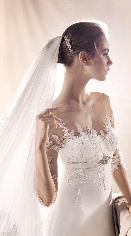 Foto 7 de Vestidos de novia y madrina en Tomelloso, Ciudad Real en Tomelloso | Caprichos