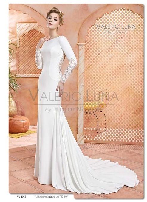 Foto 19 de Vestidos de novia y madrina en Tomelloso, Ciudad Real en Tomelloso   Caprichos