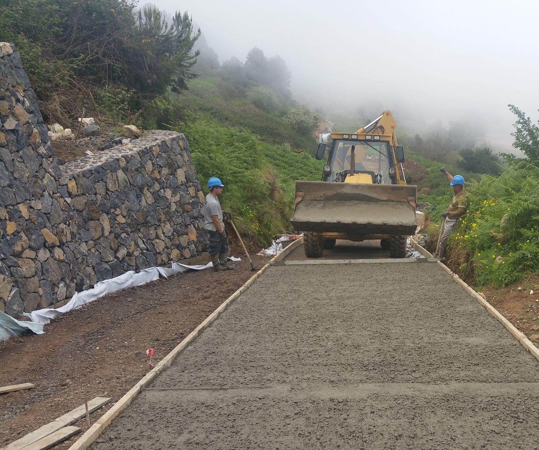 Asfaltado de caminos en Tenerife