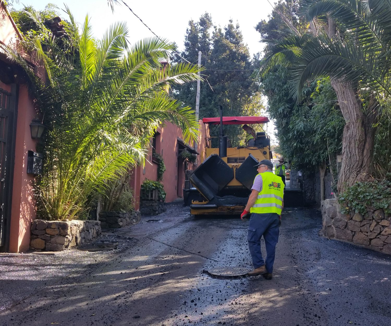 Máquinas de asfalto en Tenerife
