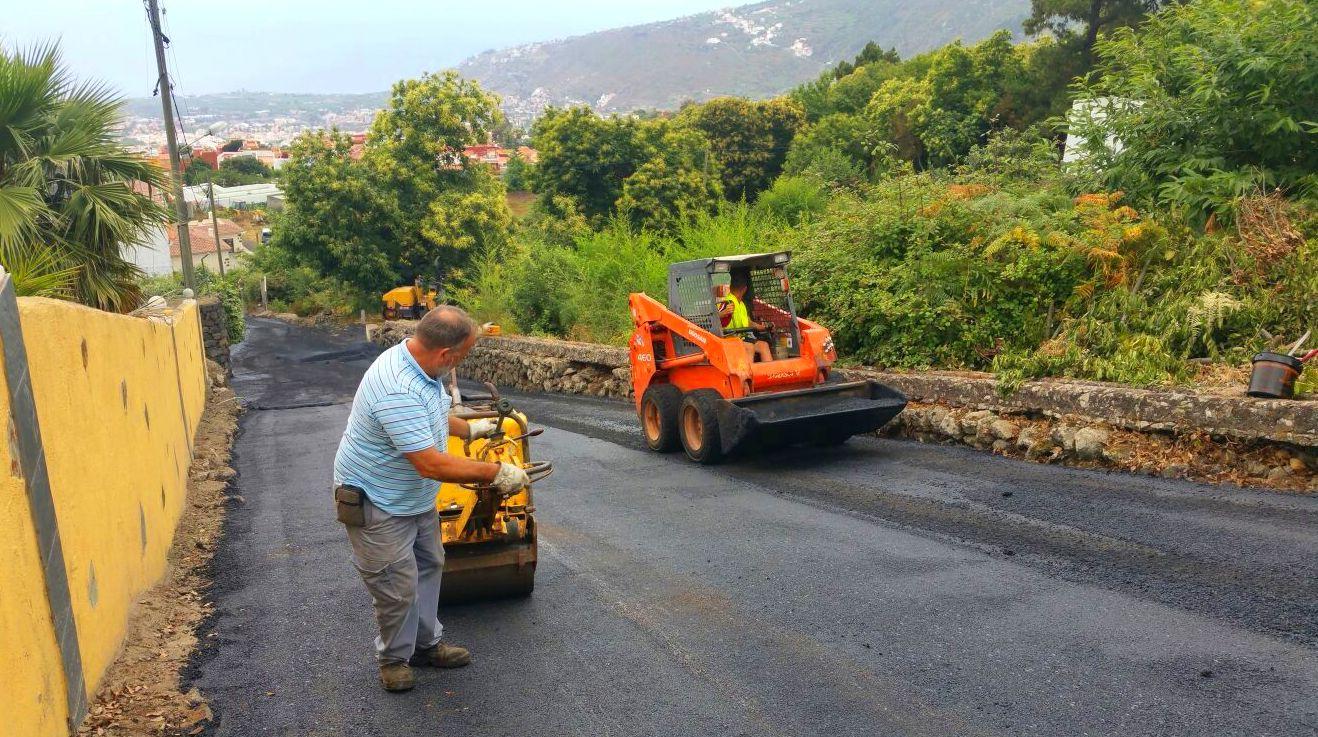 Pavimentos asfálticos Tenerife Norte: Servicios de JGE Obras Civiles y de Edificación
