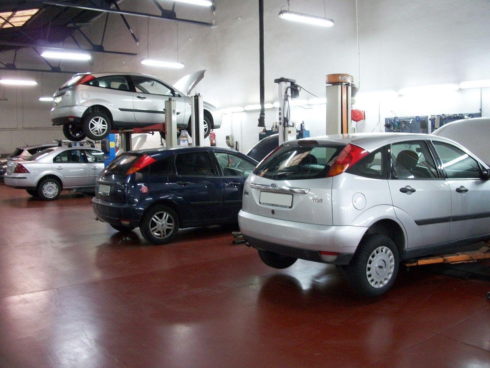 Reparación y mantenimiento de vehículos