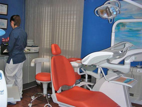 Foto 6 de Dentistas en San Fernando | Odontología Integral Fernando Román
