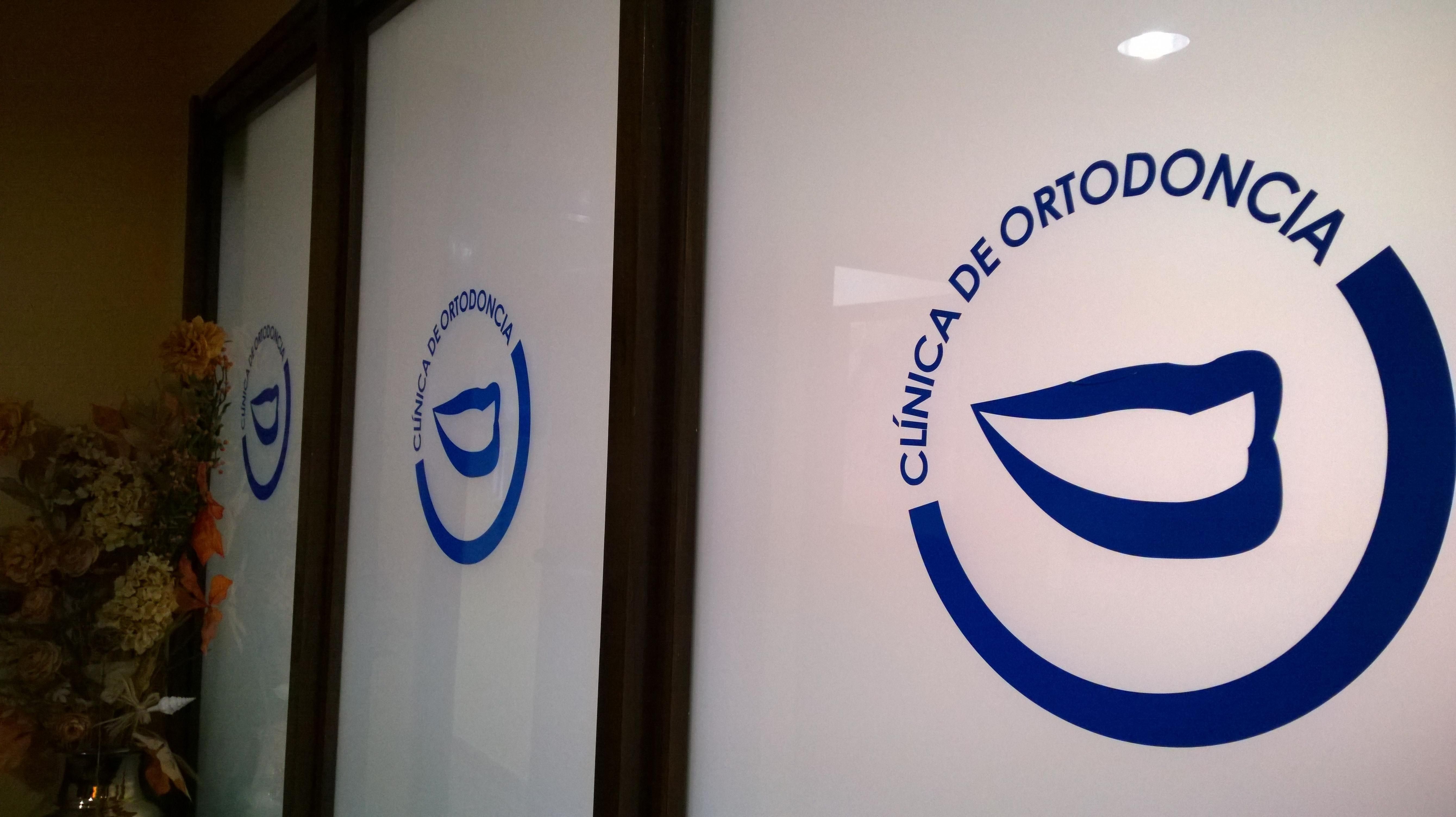 Foto 9 de Dentistas en San Fernando | Odontología Integral Fernando Román