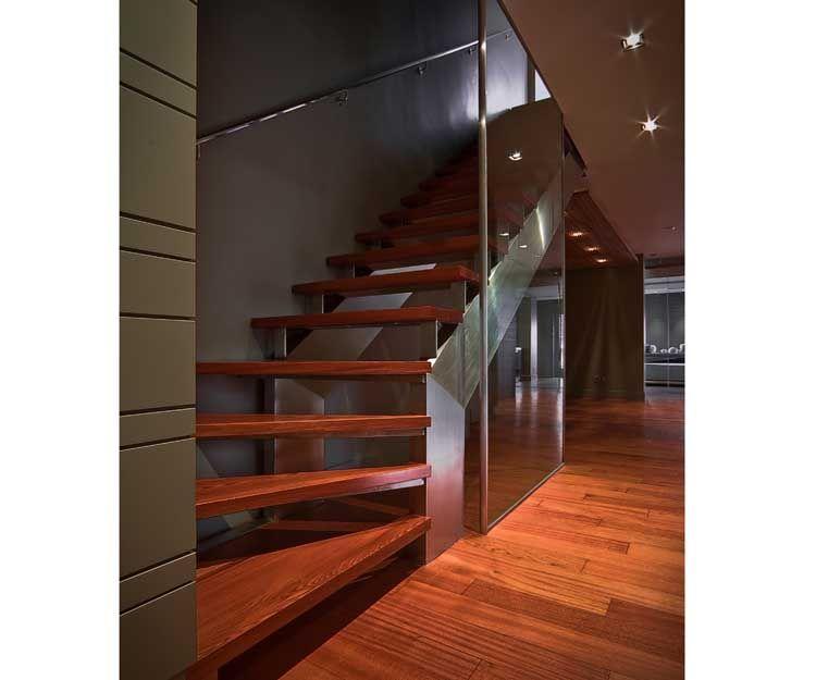 Escalera de diseño para hoteles