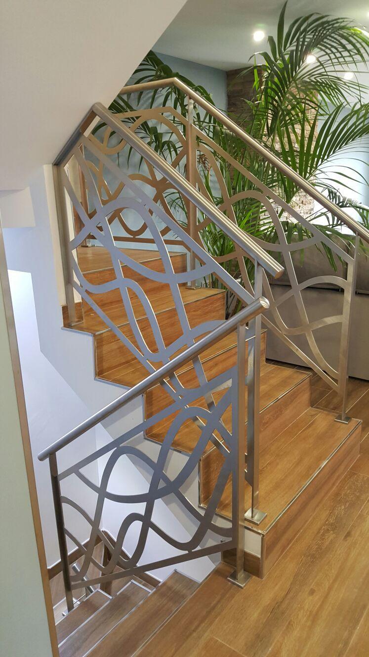 Escalera de diseño para vivienda