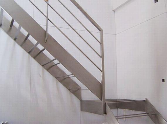 Escaleras II: Productos de Talleres Iniesto
