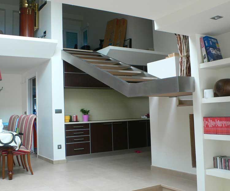 Escalera de diseño para viviendas