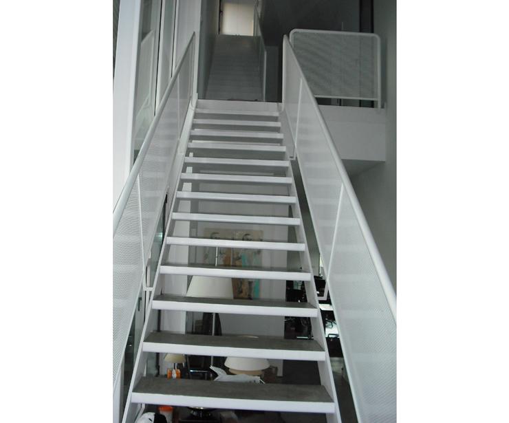 Escaleras de hierro en Madrid
