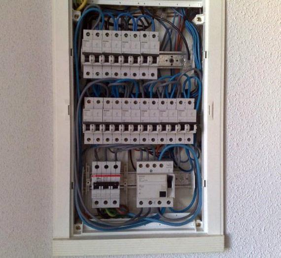 Foto 5 de Electricidad en Las Ventas Con Peña Aguilera | RCS Electricidad