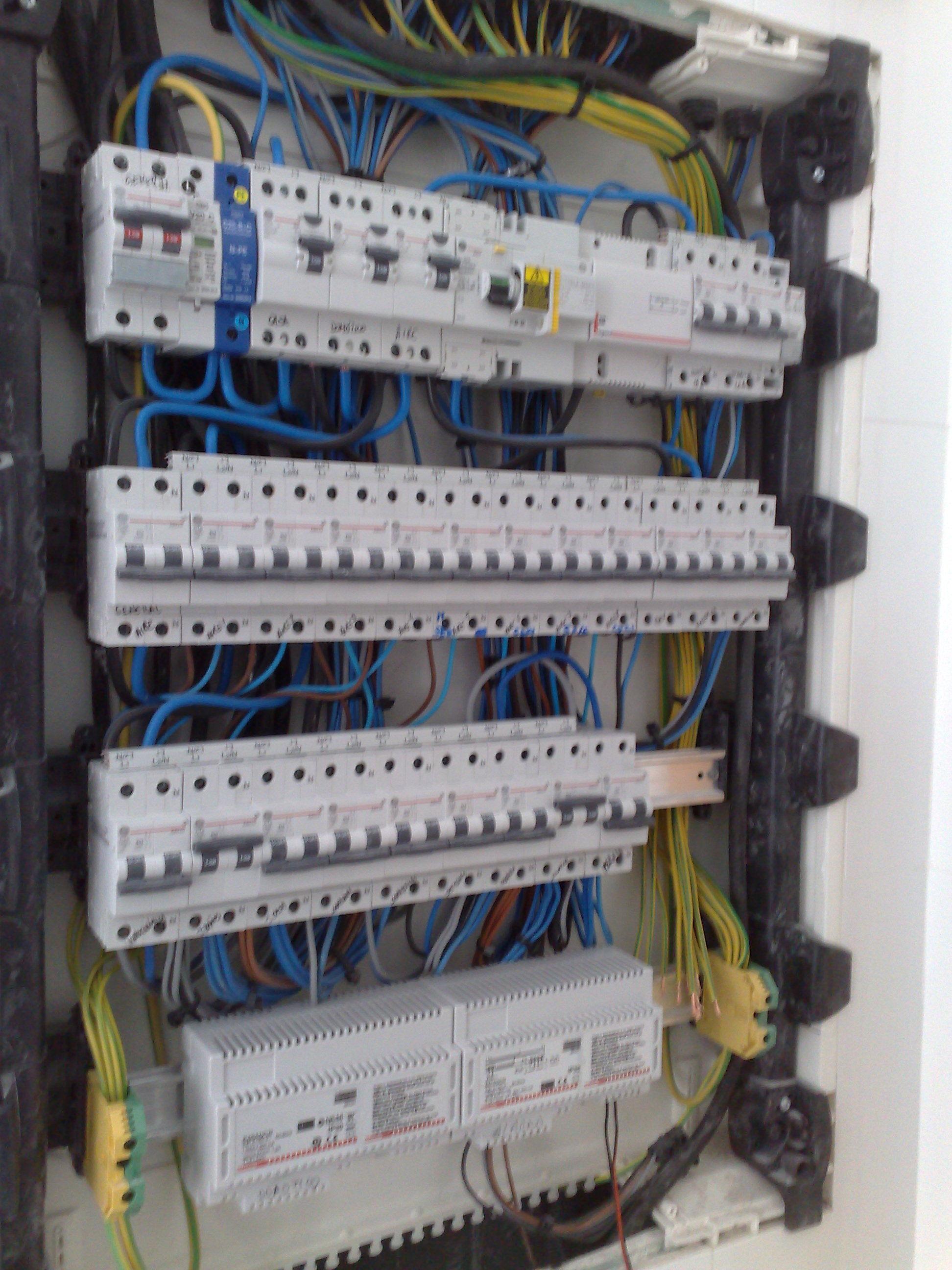 Foto 25 de Electricidad en Las Ventas Con Peña Aguilera | RCS Electricidad
