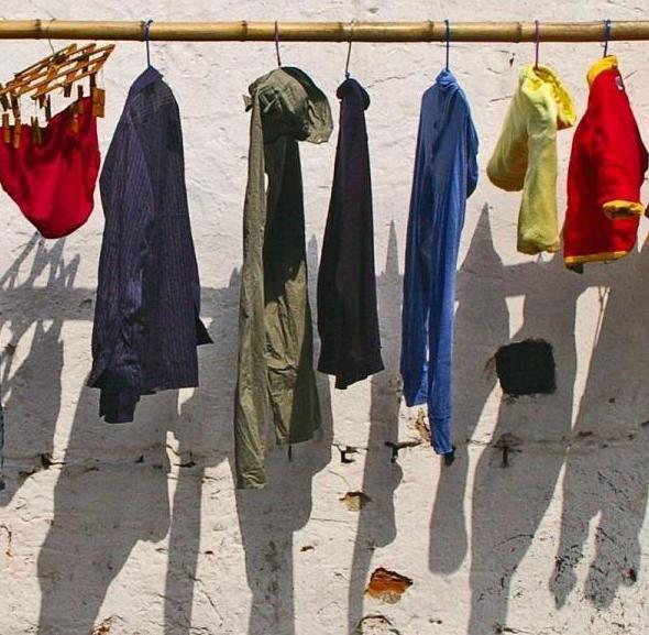 Cómo clasificar la ropa para lavar