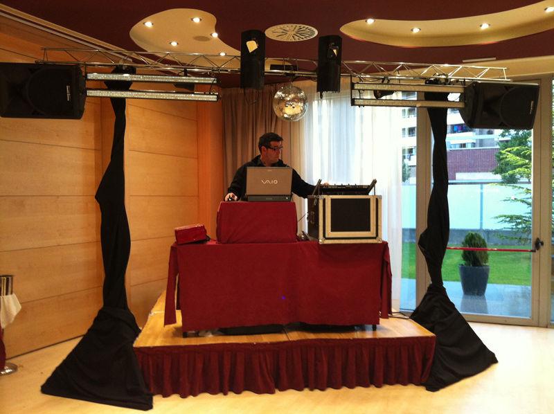 Foto 9 de Discotecas móviles en Huesca | Sonido Discomóvil 54