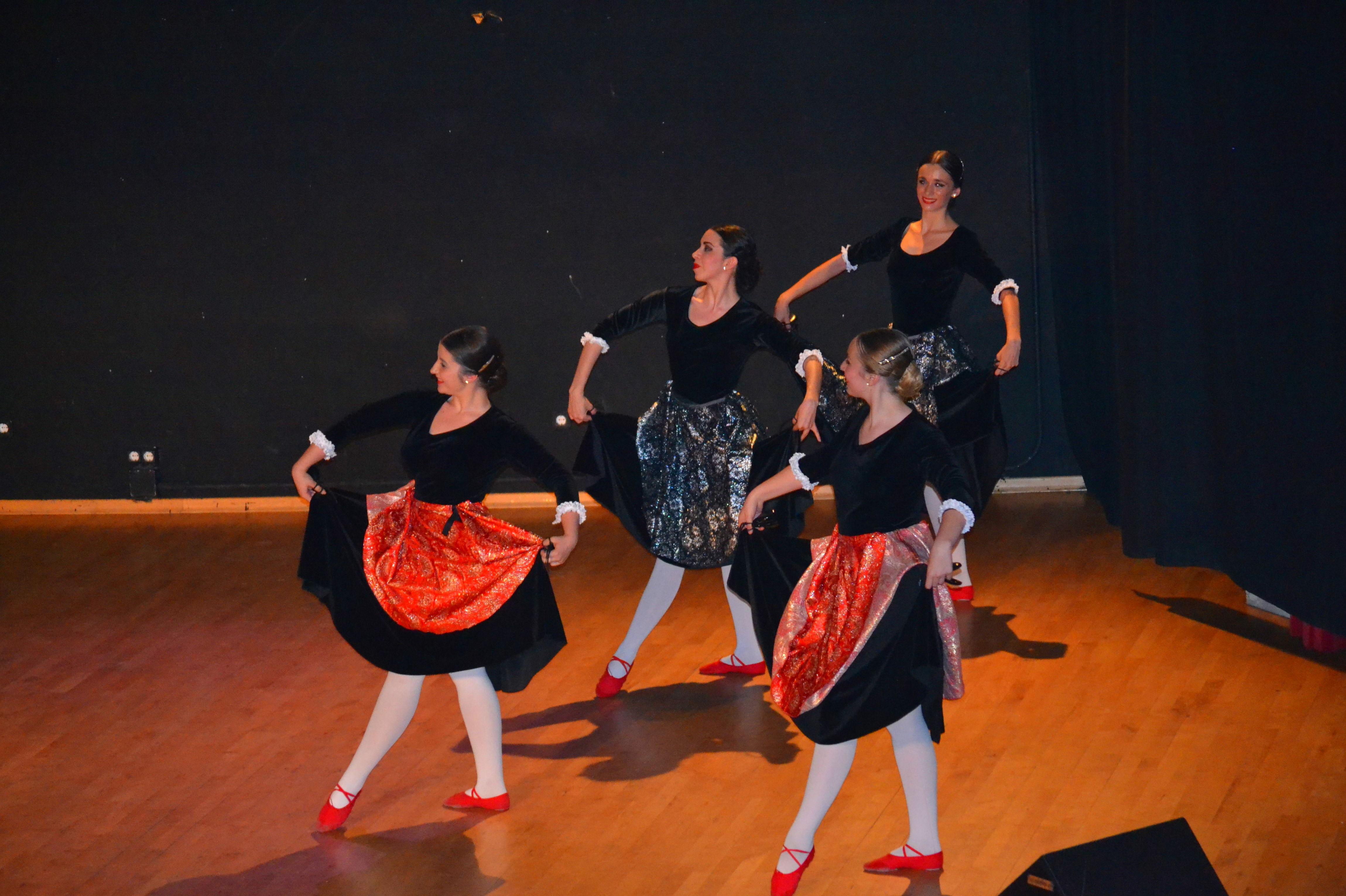 Foto 9 de Escuelas de música, danza e interpretación en Alcalá de Henares | Escuela de Danza Pepe Vento