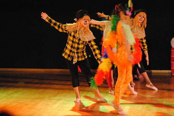 Foto 86 de Escuelas de música, danza e interpretación en Alcalá de Henares | Escuela de Danza Pepe Vento