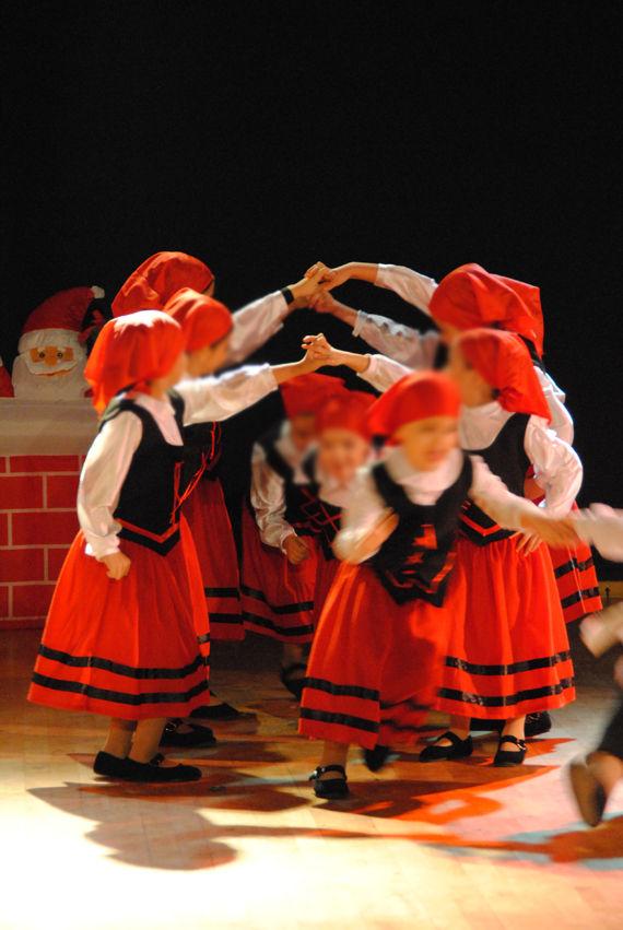 Foto 82 de Escuelas de música, danza e interpretación en Alcalá de Henares | Escuela de Danza Pepe Vento