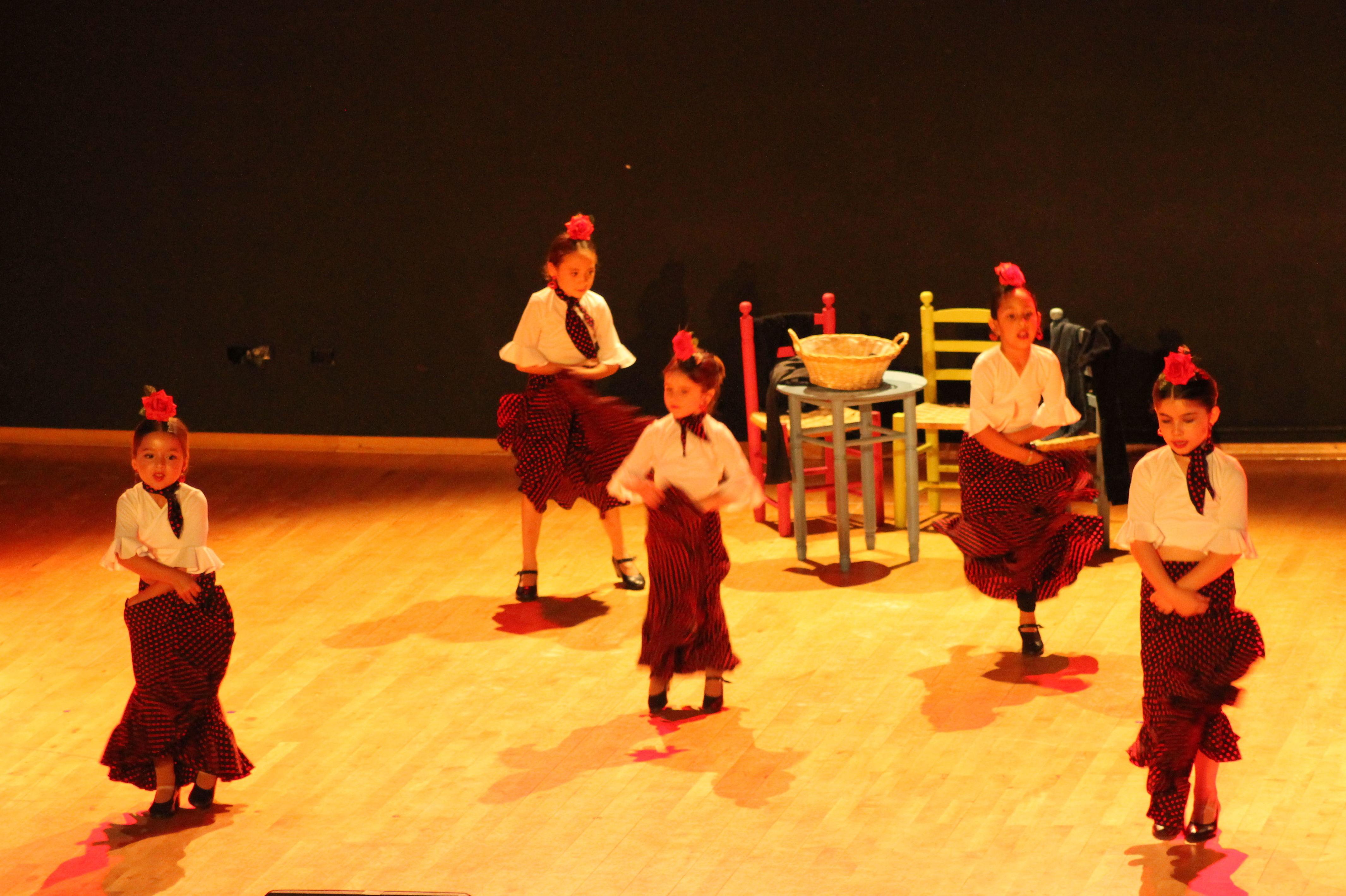 Foto 31 de Escuelas de música, danza e interpretación en Alcalá de Henares | Escuela de Danza Pepe Vento