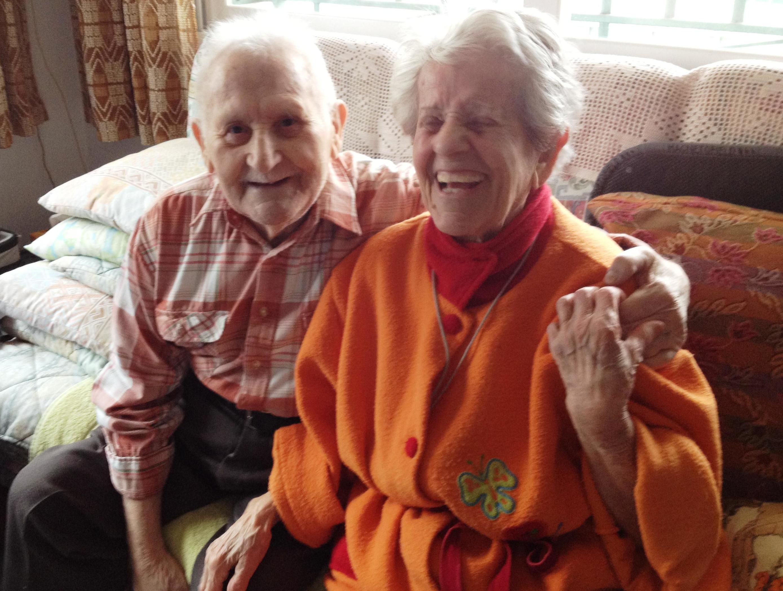 Cuidado de ancianos a domicilio en Terrassa\u002DSres Ramon y Nuria