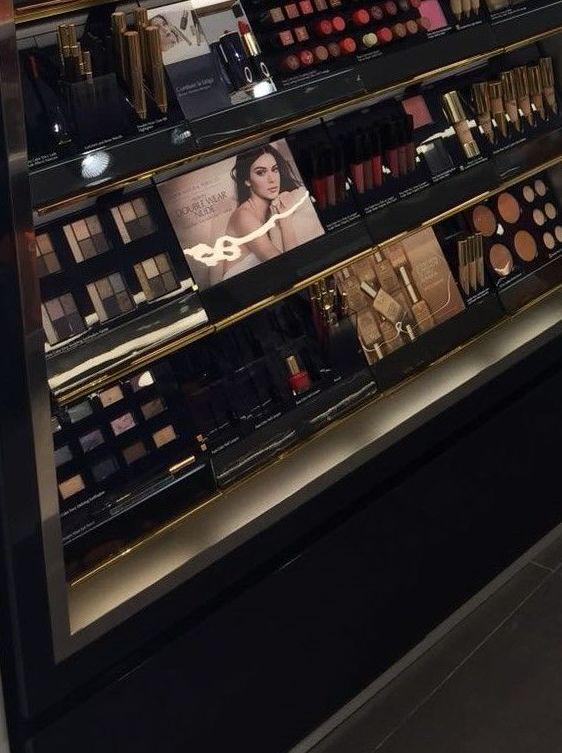Foto 10 de Mobiliario comercial en Algete | Disecorma