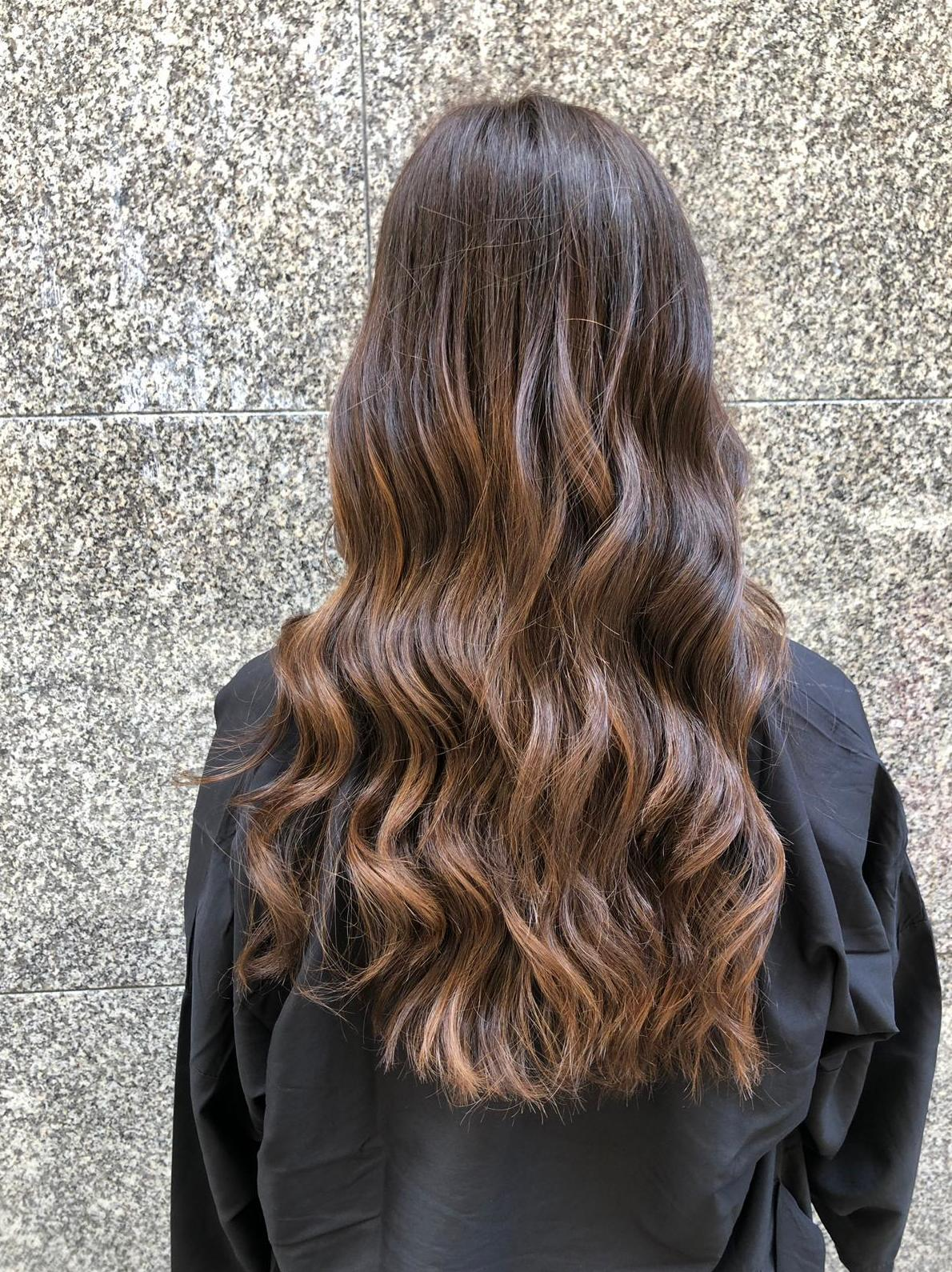 Mechas balayage color cobre Barcelona