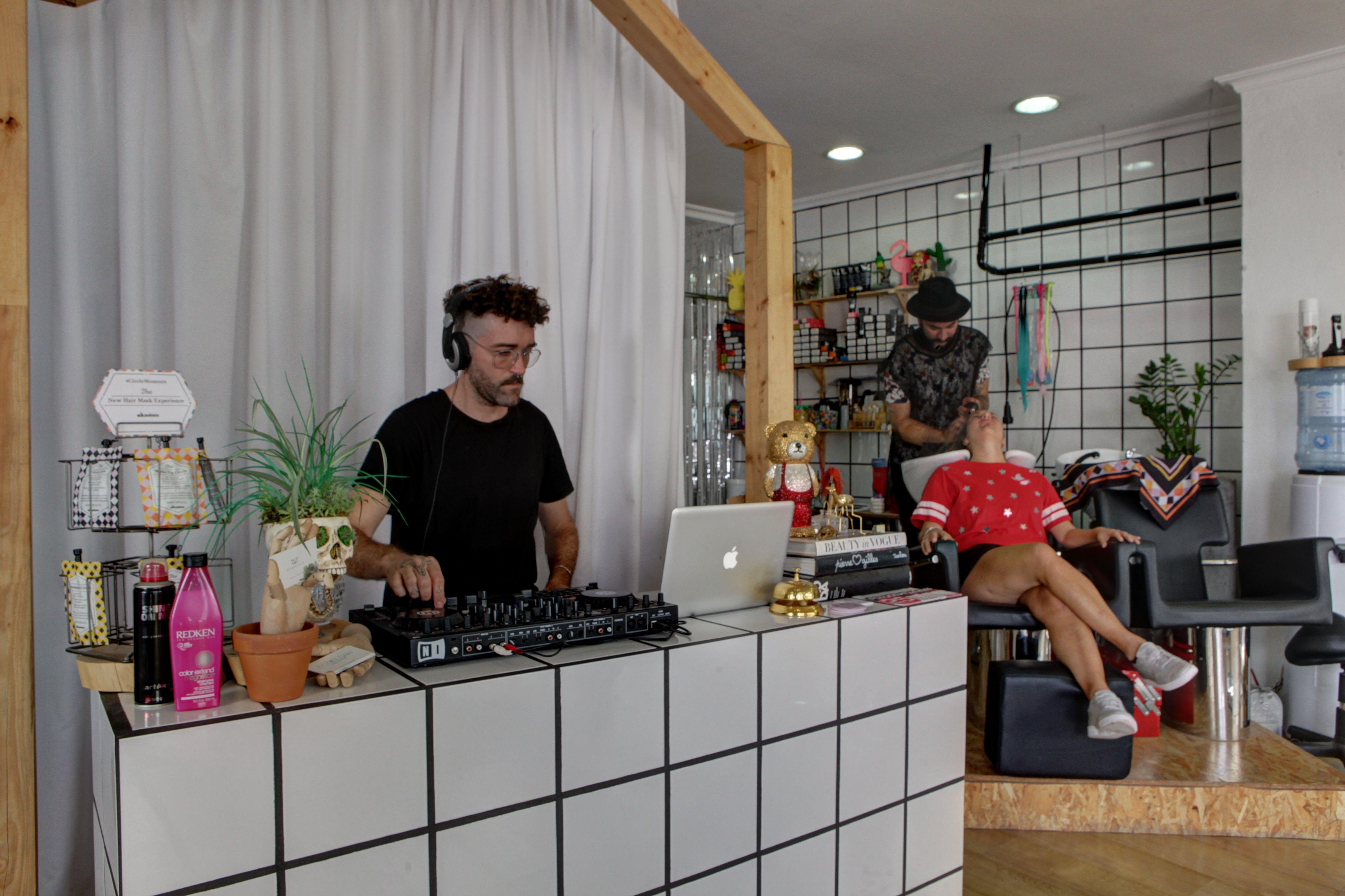 Peluquería y barbería en Ibiza