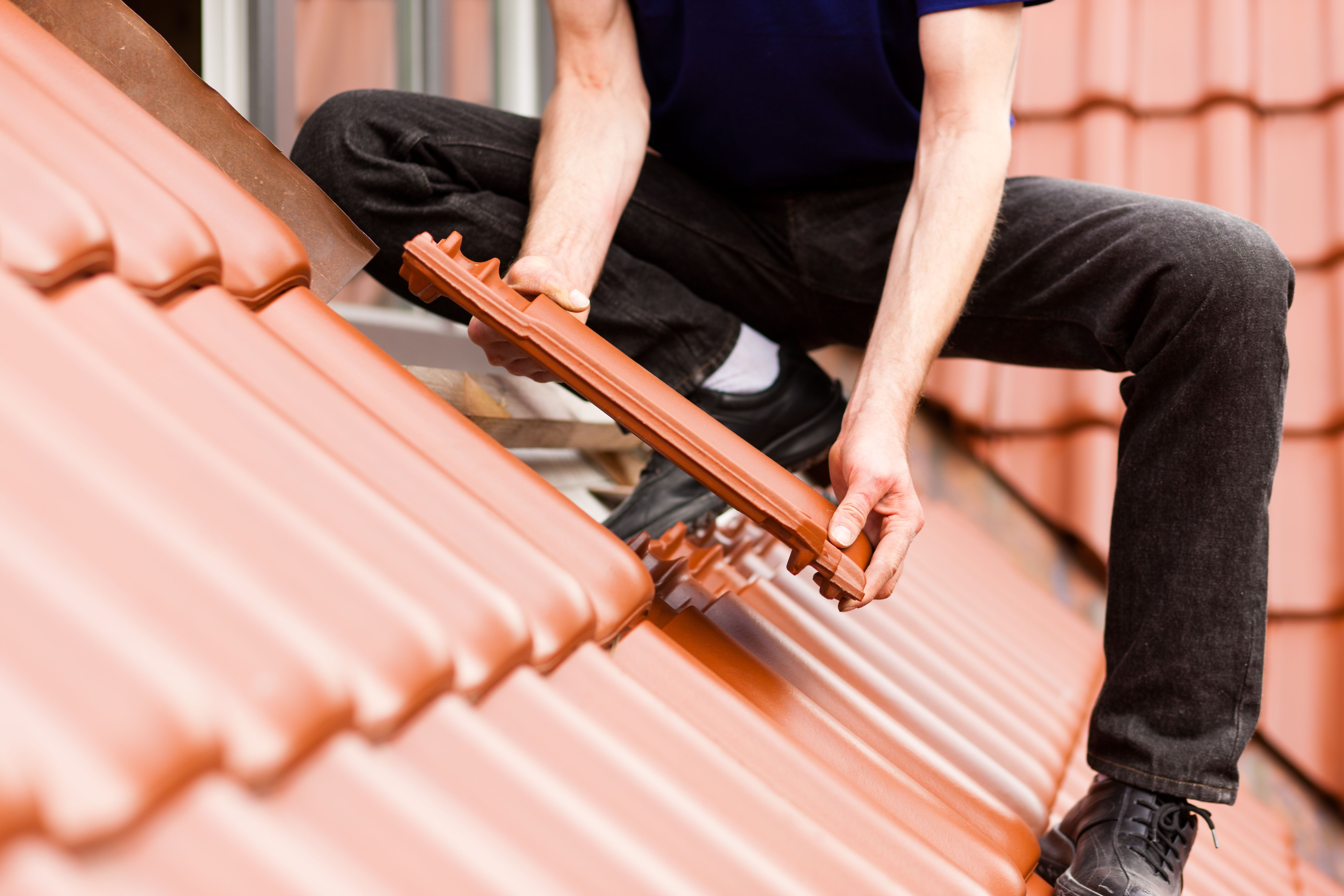 Rehabilitación cubiertas y tejados: Proyectos  de NV Interiores