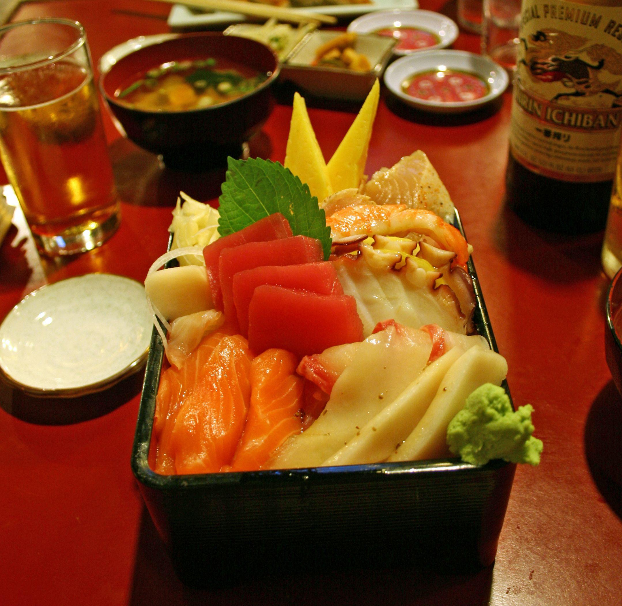 Chirashi: Menús de Kiniro Sushi