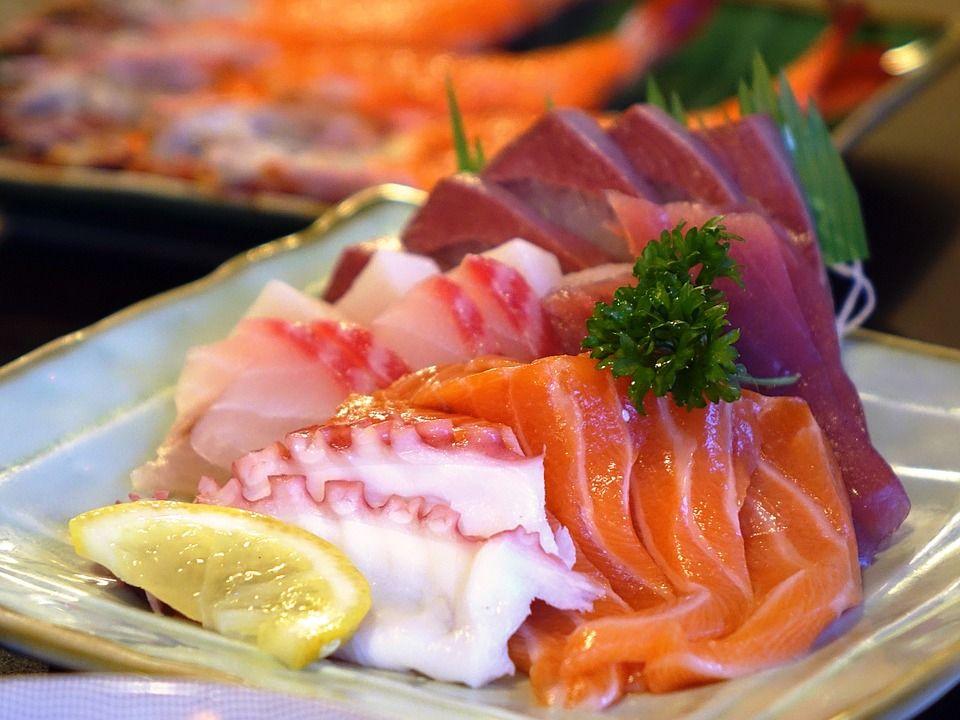 Sashimi (3 piezas): Menús de Kiniro Sushi