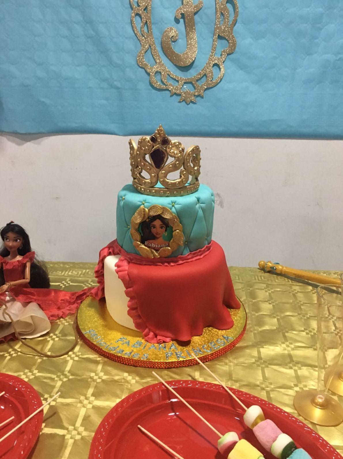 El día 29 de septiembre javiana celebro su cumpleaños con Elena de avalor en el cómo mola de Torrejón de Ardoz