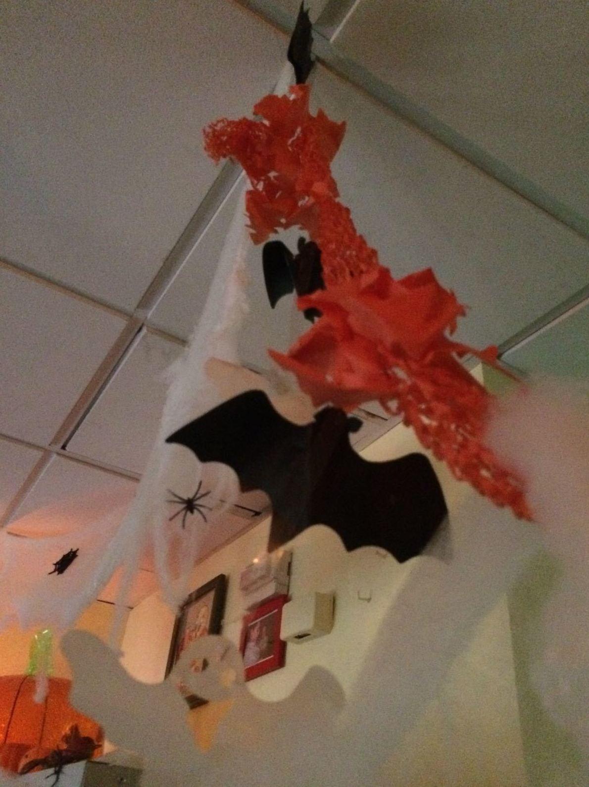 Hoy..... Halloween...... terror en las aulas de la escuela infantil guireli de Torrejón de Ardoz!