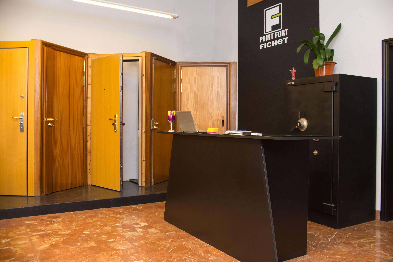 Instalación de control de accesos de seguridad en Navarra