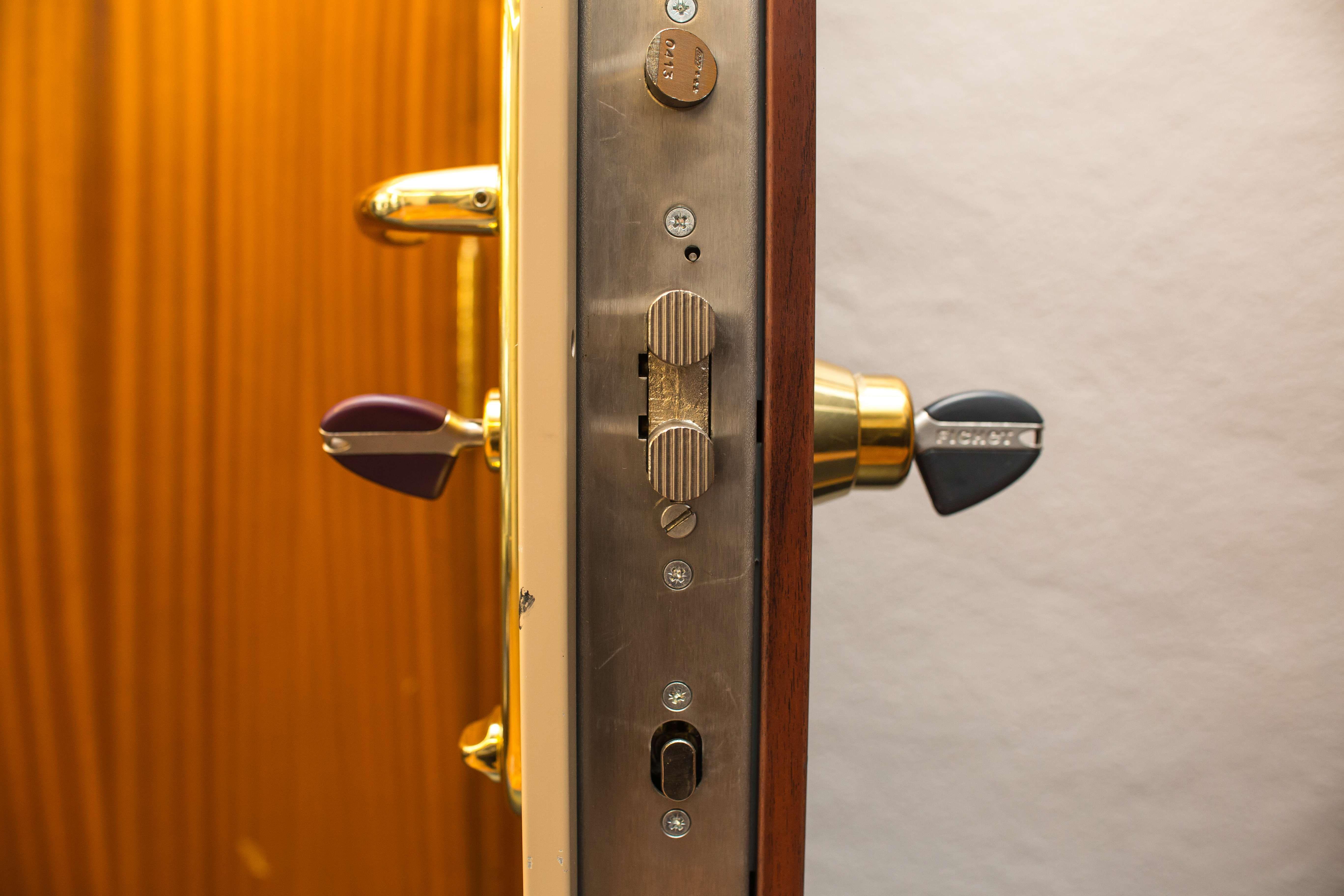 Cambios de cerraduras y aperturas de puertas en Navarra