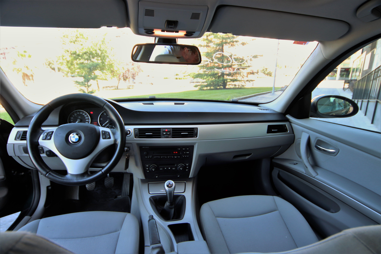 Interior vehículo AUTOS ÁLVARO