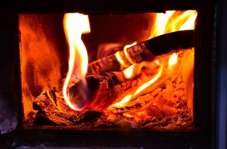 lacunza/chimeneas de leña Sória/cocinas de leña rústicas Sória/chimeneas metálicas soria/estufas pellet soria