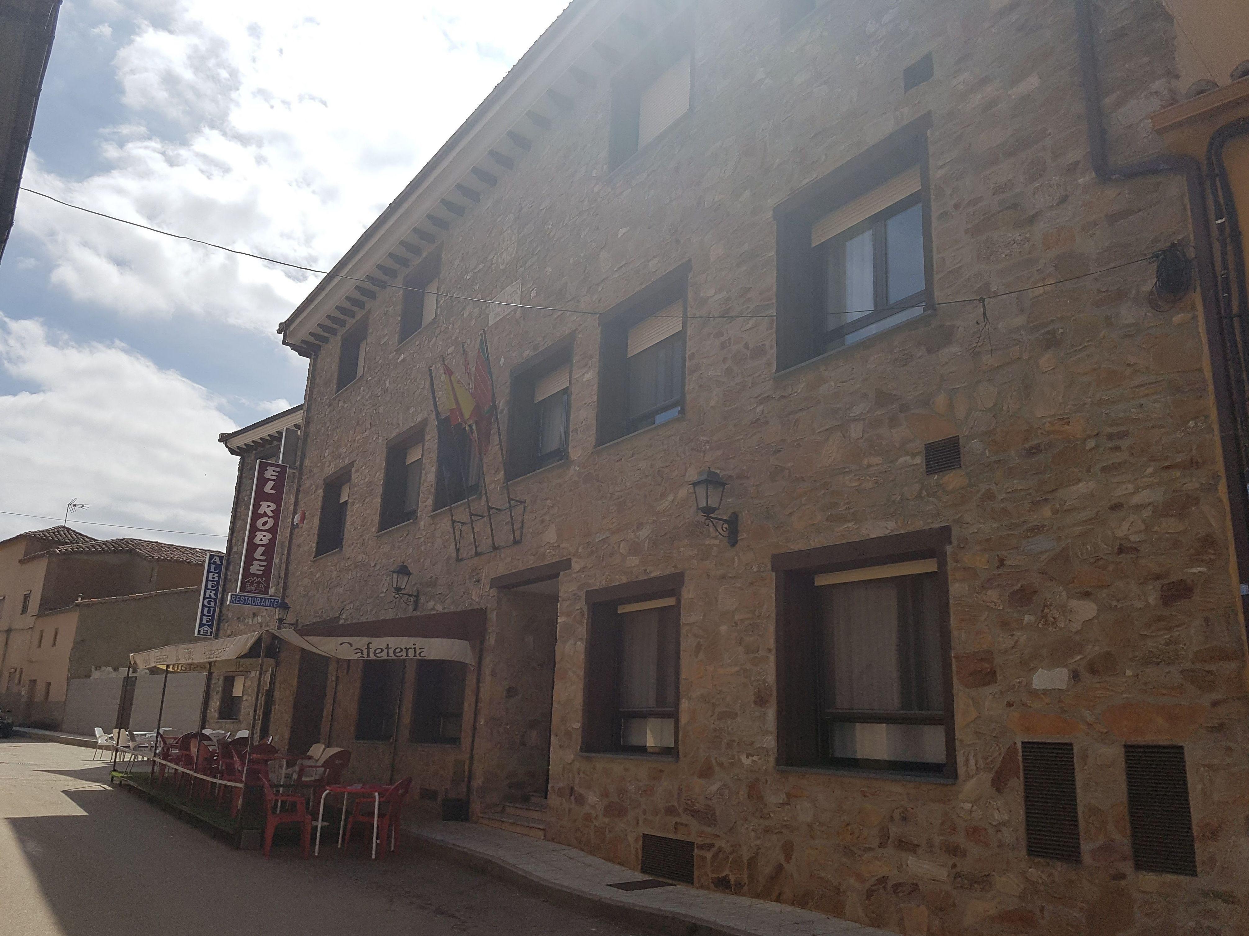 Foto 3 de Hotel en Tábara | Hotel Restaurante Rural El Roble