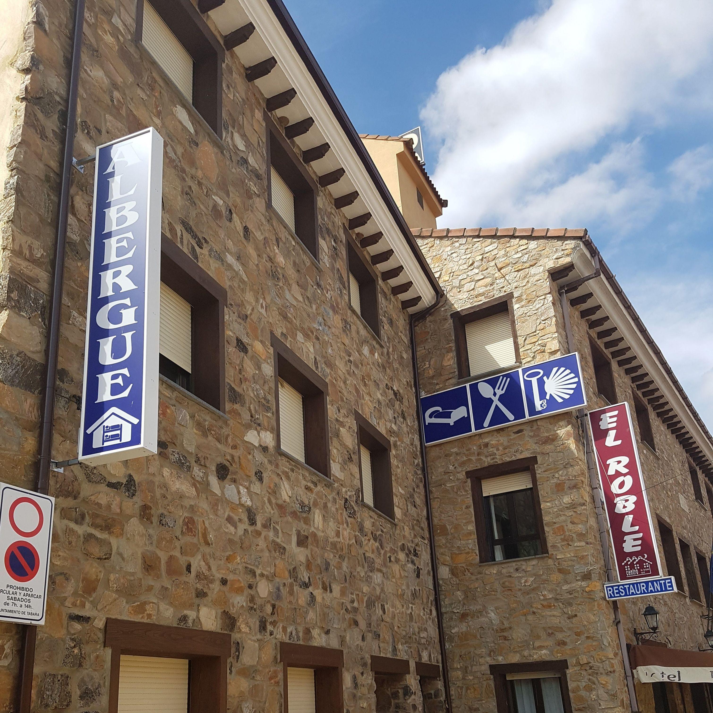 Foto 1 de Hotel en Tábara | Hotel Restaurante Rural El Roble