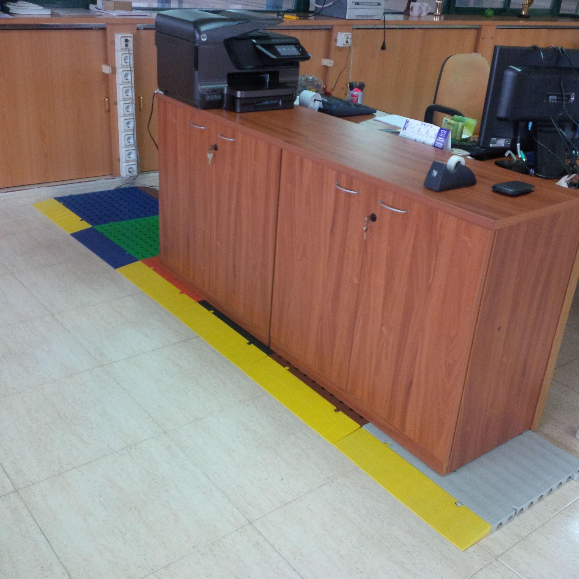 Losetas pasacables en oficinas en Humanes como en toda la provincia de Madrid