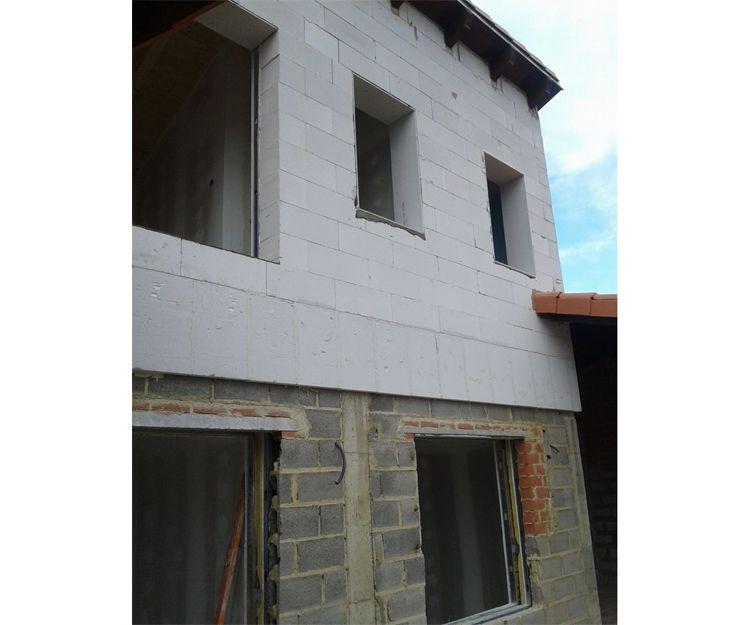 Colocación de placa acuapanel y carpintería de PVC