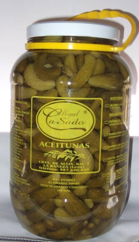 Distribución de aceitunas y encurtidos en León