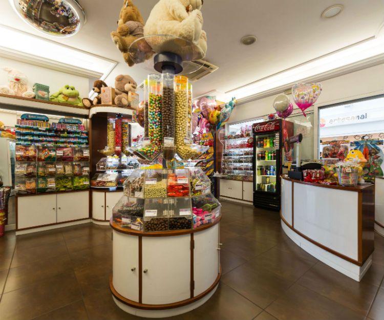 Caramelos y refrescos en Lanzarote