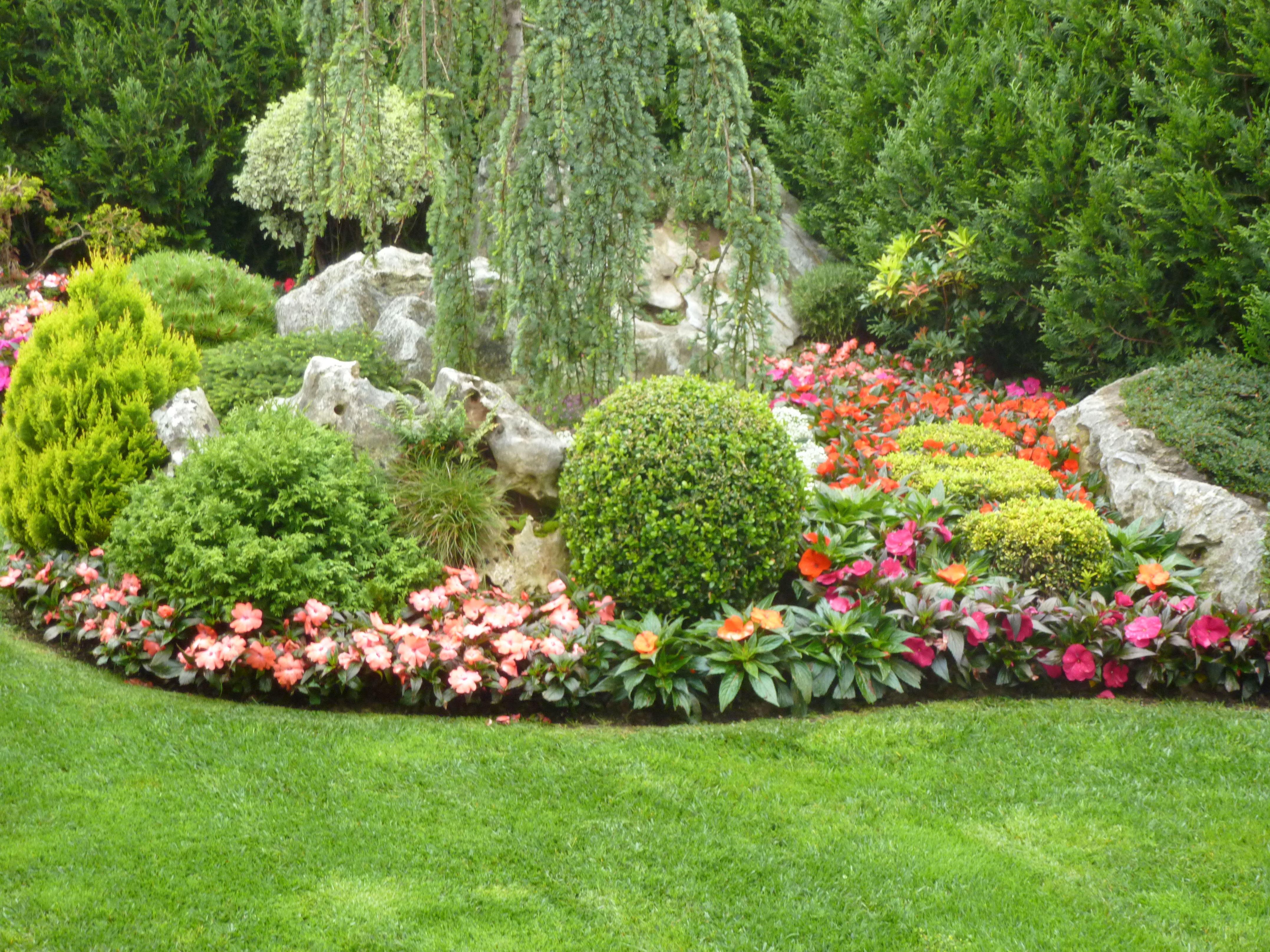 Foto 28 de dise o y mantenimiento de jardines en muskiz for Jardines de bilbao