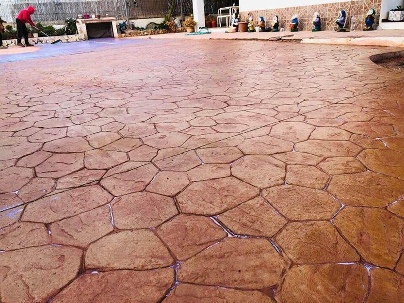 Empresa de pavimentos de hormigón impreso en Ibiza